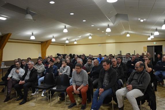 Tournée régionale FDSEA-JA : réunion à la Chapelle sur Oudon