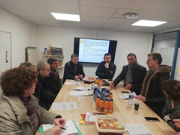 Egalim : une délégation FDSEA et JA du Maine et Loire rencontrent l'enseigne Metro et le syndicat de la restauration indépendante.